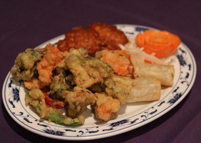Naka vegeterian platter 14-min